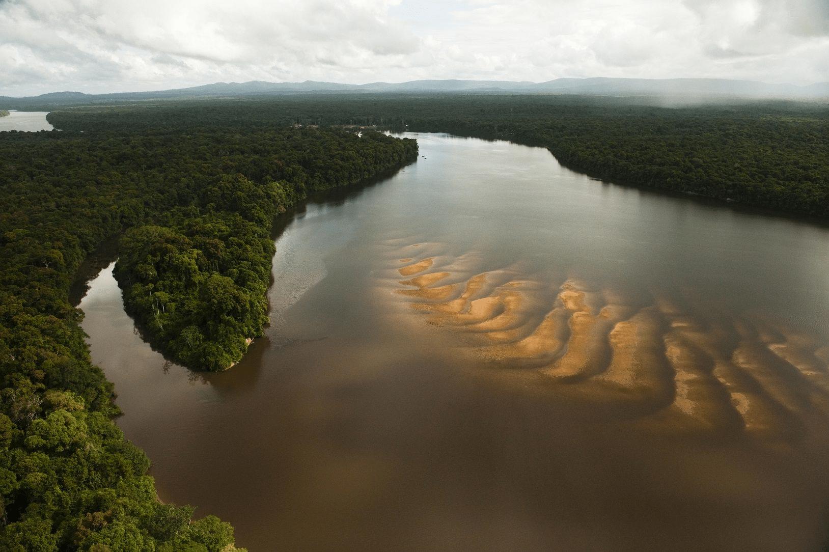Río Esequibo. Disputa
