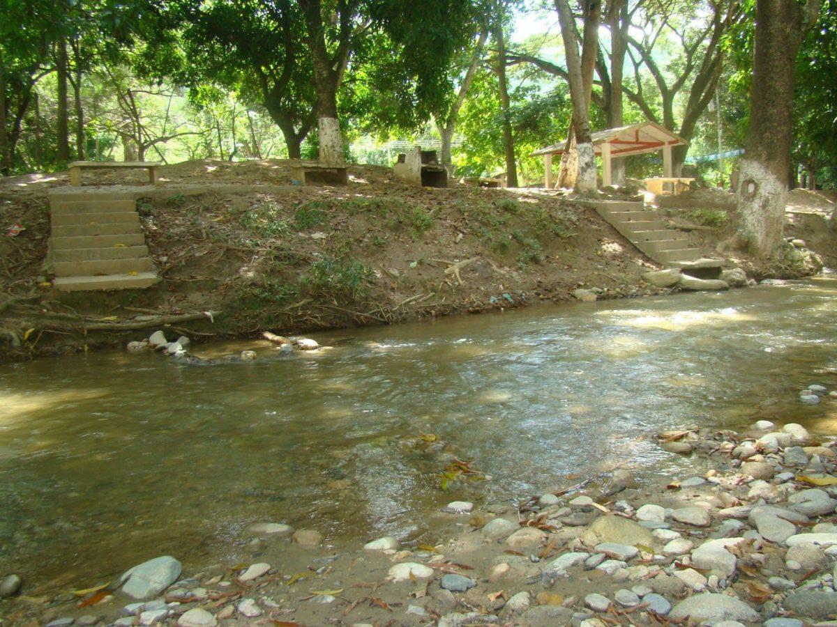 Río Tuy. Nacimiento