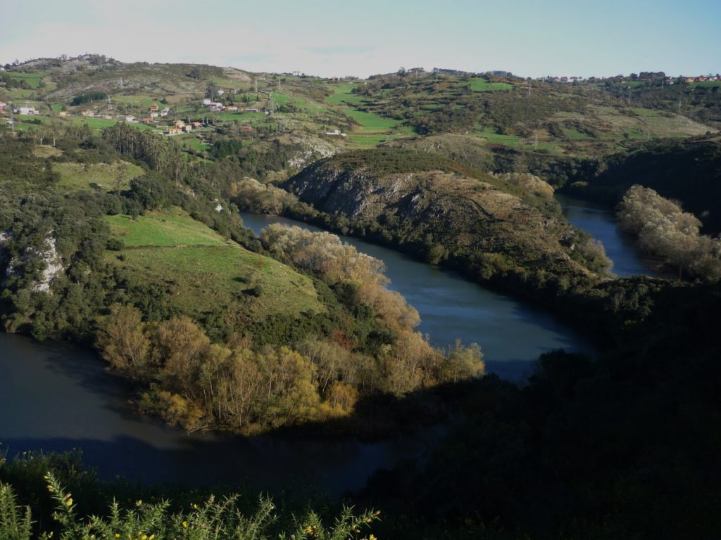 Los meandros del río Nora