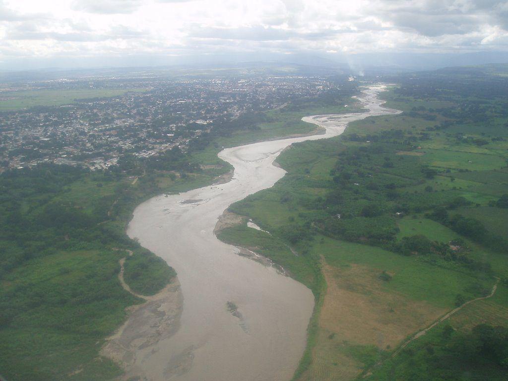 caudal del rio apure